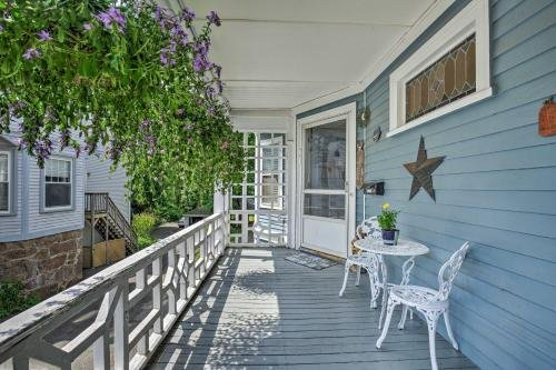 Photo of Quaint Beverly Townhome Walk to Beach and Downtown!