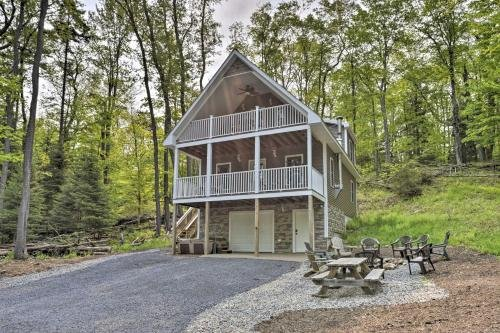 Photo of Cozy Old Forge Home with 2 Porches, Fire Pit, Hot Tub