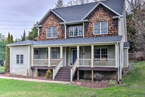 Photo of Porch, Patio, Proximity! Home Near Dtwn Asheville