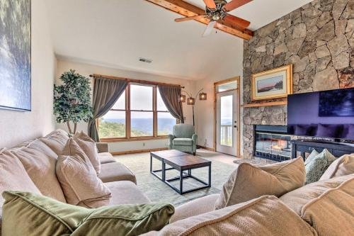 Photo of Burnsville Condo with Balcony and Smoky Mtn Views