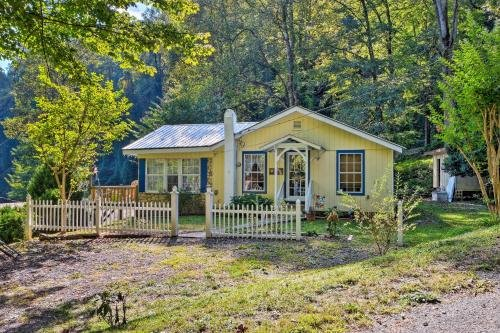 Photo of Cottage with Mtn Views Near Tail of the Dragon!