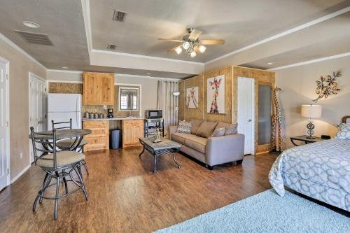 Photo of Granbury Studio- 10 Mins From Town and the Lake!