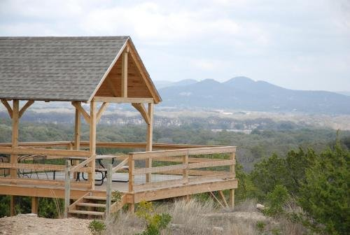 Photo of Family Home with Mtn Viewing Deck Near Utopia Park!