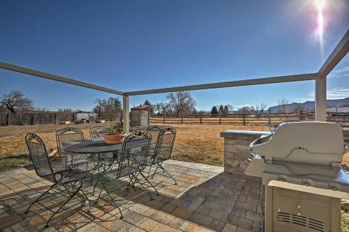 Photo of Escalante Home with Yard, Porch and Mtn Views!