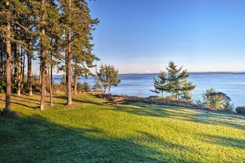 Photo of Marrowstone Island Home on Puget Sound with Mtn Views