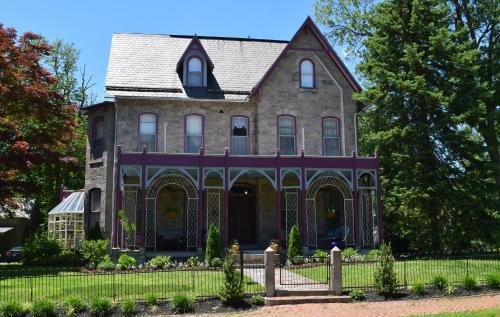 Photo of Gifford-Risley House Bed and Breakfast