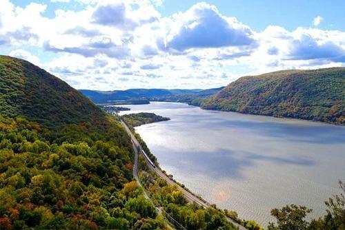 Photo of Holiday Inn Express & Suites Middletown - Goshen