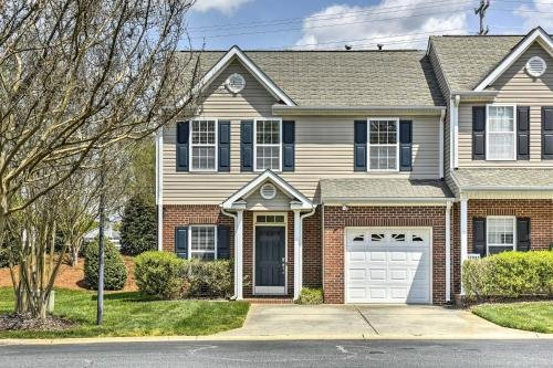 Photo of Inviting High Point Townhome with Patio and Privacy