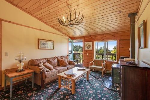 Photo of Deer Harbor Inn