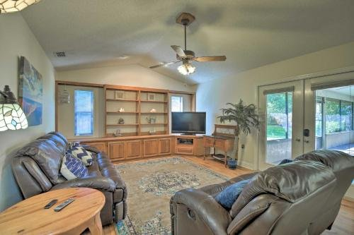 Photo of 1-Story Home with Yard Less Than 7Mi to Downtown Lakeland