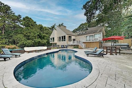Photo of Beautifully Updated Gem - New Pool - Near Beach home