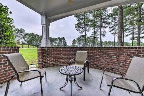 Photo of Resort-Style Condo and Suite on Golf Course with Pool!