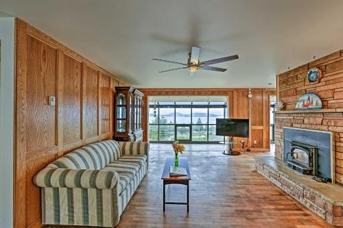 Photo of Family Home with Skagit Bay View - 6 Mi to Downtown!