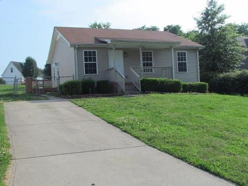 Photo of Beautiful cul-de-sac home!!! with a FENCED IN YARD!
