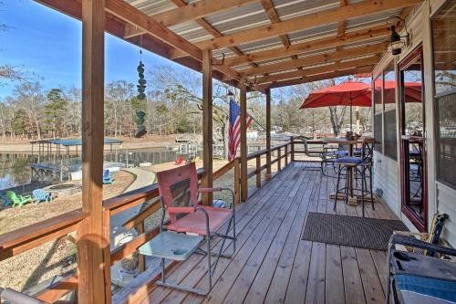 Photo of Waterfront Lake Hamilton House with Boat Dock!