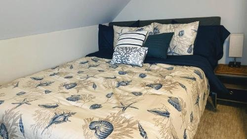 Photo of Room in Guest room - Room 3 Cozy Private Enjoy Relax