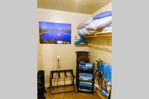 Photo of Luxury Studio Cottage! Play in Lake Tahoe and Relax in Carson City! Just 20 minutes away! Free Parking! Full Kitchen! Pet Friendly!