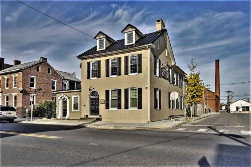 Photo of Downtown Bucher House