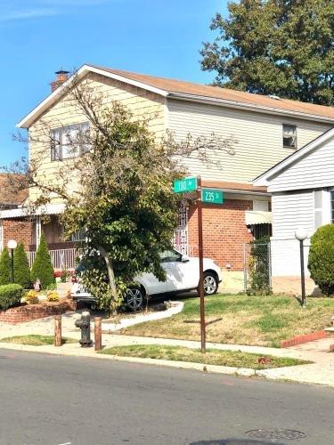 Photo of Charlton Place