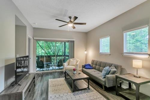 Photo of Luxury 2BR Suite in the Heart of North Atlanta