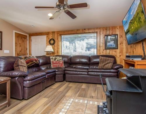 Photo of Provo Riverside Cabin #3 - Provo Canyon - Private Hot Tub - Rent all 3 Cabins