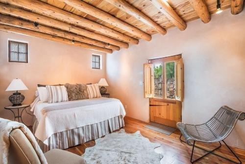 Photo of 3 Bedroom - 10 Min. Walk to Plaza - Corazon