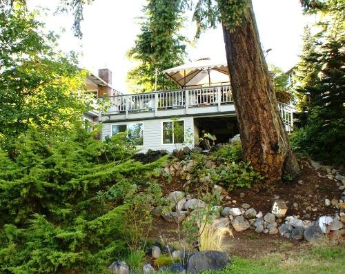 Photo of LINDAS BY THE LAKE - BED AND BREAKFAST ADULT ONLY