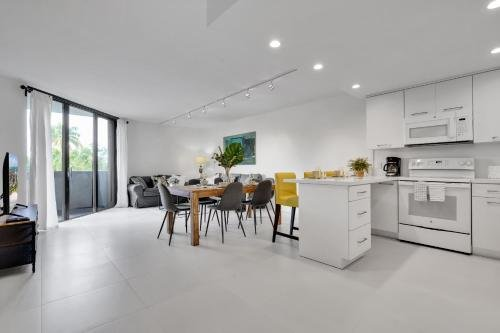 Photo of NEWLY REMODELED - Key Colony apartment