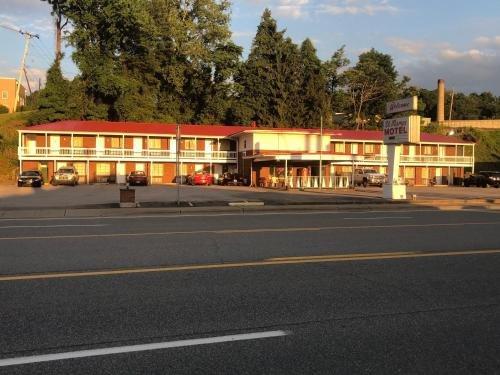 Photo of St. Mary's Motel