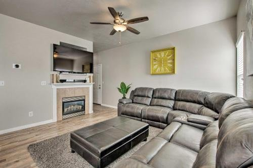 Photo of Townhome with Mtn Views about 17 Mi to Ski Resort!