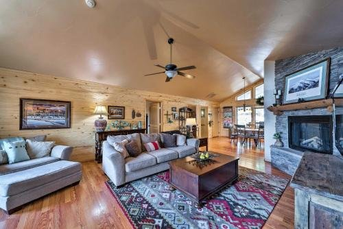 Photo of Mountain Retreat with Hot Tub Near Shopping and Skiing!
