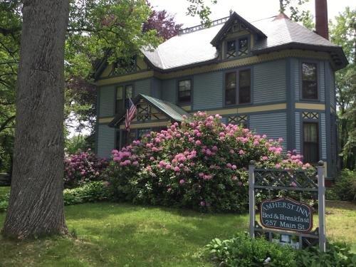 Photo of Amherst Inn