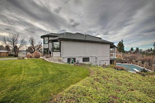 Photo of Grand Getaway with Pool and Spa in Spokane Valley