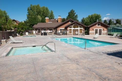 Photo of Lakeside Condo near Pineview Reservoir and Snowbasin Resort,LS 14