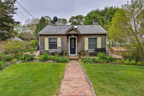 Photo of Cute East Hampton Cottage with Patio - Walk to Beach