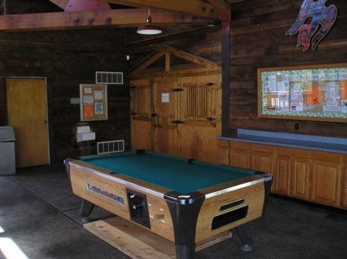 Photo of Mount Vernon Camping Resort 16 ft. Yurt 7