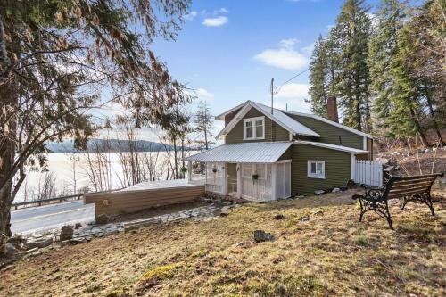 Photo of Lakeview Cottage