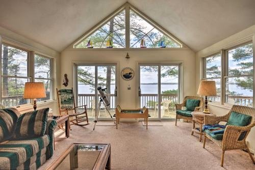 Photo of Waterfront Hammond Home with Grill and Boat Dock!