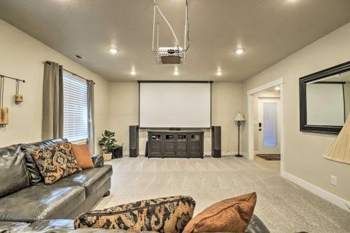 Photo of Contemporary Home with Grill near Utah Lake!
