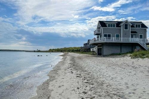 Photo of Sunny Beach House Getaway - Steps From Water!