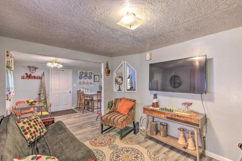 Photo of Charming Apt Less Than 1 Mi to Logan River and Zootah!