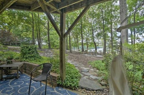 Photo of Cozy and Serene High Point Apt with Lake Access!
