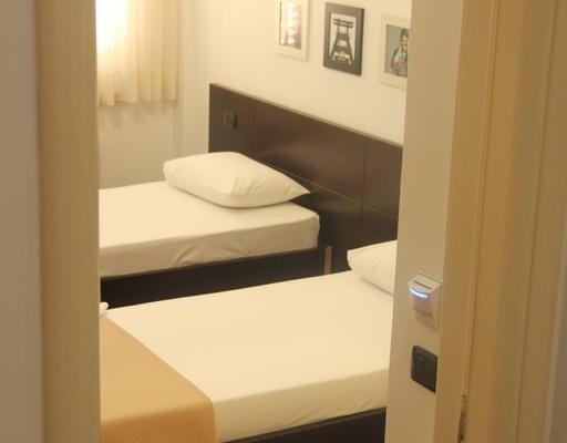 Vila 3 Hotel - фото 2