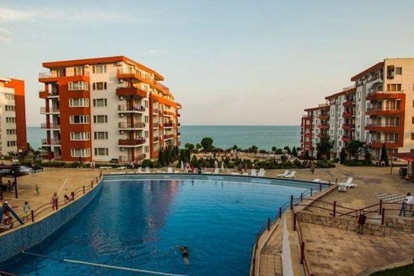 Marina Fort Beach Apartments - фото 13