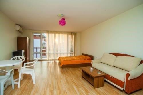 Marina Fort Beach Apartments - фото 1