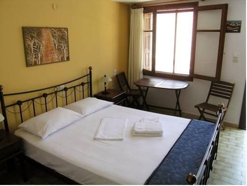 Areti's Milos Rooms - фото 1