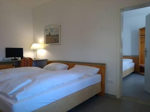Willy Hotel Frankfurt - фото 12