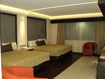 Hotel Samil Plaza - фото 1