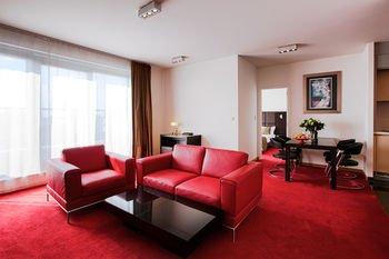 Premier Suites Brussels Lounge - фото 10