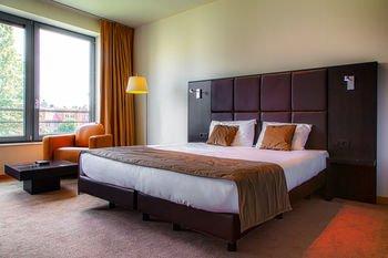 Premier Suites Brussels Lounge - фото 3